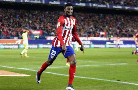 Ο Τόμας Πάρτεϊ της Ατλέτικο Μαδρίτης πανηγυρίζει γκολ που σημείωσε σε αναμέτρηση με τη Λεβάντε για την Primera Division 2015-2016 στο 'Βιθέντε Καλδερόν', Μαδρίτη, Σάββατο 2 Ιανουαρίου 2016