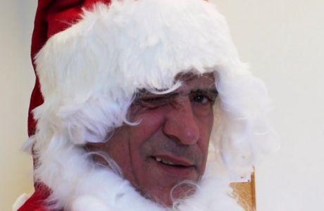 Ο Φερναντο Σάντος το έκανε και αυτό: ντύθηκε Άγιος Βασίλης!