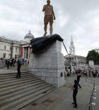 Αν η Αγγλία κέρδιζε το Μουντιάλ... (PHOTOS)