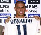 Η επίσημη παρουσίαση του Ρονάλντο από τη Ρεάλ Μαδρίτης (2/9/2002).