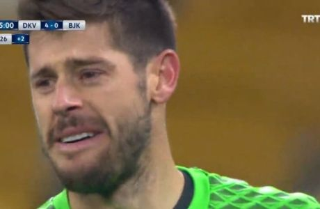 Έβαλε τα κλάματα ο τερματοφύλακας της Μπεσίκτας