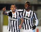 BERGAMO, ITALY - DECEMBER 22:  Arturo Vidal (L) and Paul Pogba of Juventus celebrate the 4th goal during the Serie A match between Atalanta BC and Juventus at Stadio Atleti Azzurri d'Italia on December 22, 2013 in Bergamo, Italy.  (Photo by Maurizio Lagana/Getty Images)