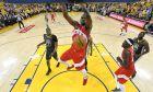 Ο Σερζ Ιμπάκα των Τορόντο Ράπτορς σε στιγμιότυπο της αναμέτρησης με τους Γκόλντεν Στέιτ Γουόριορς για το Game 4 των τελικών του NBA 2018-2019, Όκλαντ, Παρασκευή 7 Ιουνίου 2019