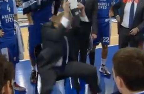 Κατσάδα στους παίκτες από τον έξαλλο Ίβκοβιτς (VIDEO)