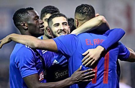 Ο Γιασίν Μπενζιά ενημέρωσε, πριν λίγους μήνες πως έχει μάθει από τα λάθη του και τις περιπέτειες που έζησε εκτός Γαλλίας, πριν καταλήξει στο ότι είναι έτοιμος να γίνει ο καλύτερος ποδοσφαιριστής που μπορεί. Και θα γίνει.
