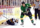 Ο Τομ Κωστόπουλος σημάδεψε το NHL με ένα σπασμένο σαγόνι