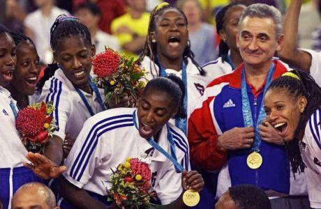 Τα κορίτσια του Φιντέλ με το χρυσό μετάλλιο στο στήθος