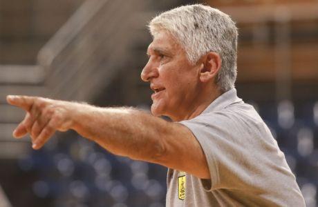 Ο Γιαννάκης πήρε θέση υπέρ της FIBA
