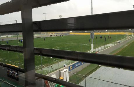 Eπιπλέον γήπεδα και πλάνο για ξενώνα στα Σπάτα