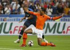Netherlands Virgil van Dijk, right blocks a shot from Kylian Mbappe of France during the UEFA Nations League soccer match between France and the Netherlands at the Stade De France in Paris, Sunday, Sept. 9, 2018. (AP Photo/Thibault Camus)
