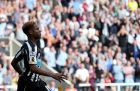 Newcastle United's Rolando Aarons celebrates his goal during their English Premier League soccer match against Crystal Palace at St James' Park, Newcastle, England, Saturday, Aug. 30, 2014. (AP Photo/Scott Heppell)