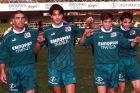 Οι Μάκης Χάβος, Σπύρος Βάλλας και Δημήτρης Γελαδάρης της Ξάνθης σε πανηγυρικό στιγμιότυπο κόντρα στην Αναγέννηση Καρδίτσας για τον 3ο γύρο του Κυπέλλου Ελλάδας 1998-1999 στο γήπεδο ΑΟΞ   Τετάρτη 13 Ιανουαρίου 1999