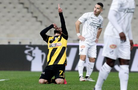Ο Ντανιέλε Βέρντε της ΑΕΚ πανηγυρίζει γκολ που σημείωσε κόντρα στον ΟΦΗ για τη Super League 1 2019-2020 στο Ολυμπιακό Στάδιο, Κυριακή 23 Φεβρουαρίου 2020