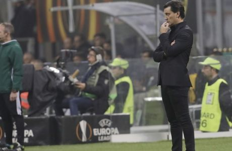 AC Milan head coach Vincenzo Montella looks on during an Europa League, Group D, soccer match between AC Milan and AEK Athens, at the San Siro stadium in Milan, Italy, Thursday, Oct. 19, 2017. (AP Photo/Luca Bruno)