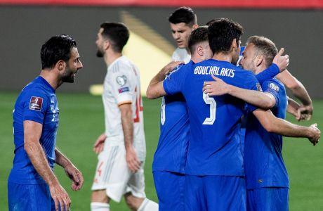 Οι Έλληνες διεθνείς πανηγυρίζουν το 1-1 στη Γρανάδα κόντρα στην Ισπανία, στην προκριματική φάση του Παγκοσμίου Κυπέλλου 2022   25/03/2021 (ΦΩΤΟΓΡΑΦΙΑ: EUROKINISSI)