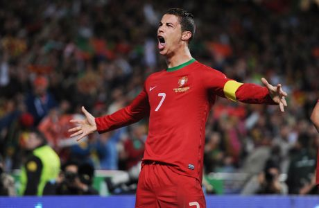 Nov. 15, 2013 - Lisbon, Portugal - CRISTIANO RONALDO celebrates scoring Portugal's first goal during Portugal v Sweden 2014 World Cup Qualifying European Zone Play-Off First Leg at Estadio da Luz. (Credit Image: © Alex Morton/Action Images/ZUMA24.com)