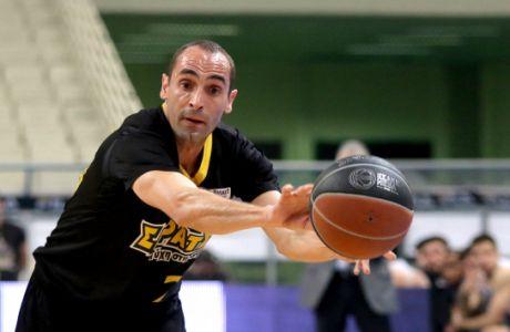 """Καλαμπόκης: """"Οχι ιδανική αλλά πάντως ρεαλιστική η πρόταση της FIBA"""""""