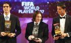 Κακά (πρώτος), Μέσι (δεύτερος) και Ρονάλντο (τρίτος), στο γκαλά του FIFA World Player 2007 στη Ζυρίχη της Ελβετίας. Ήταν η πρώτη συνάντηση του Αργεντίνου και του Πορτογάλου (17/12/2007).