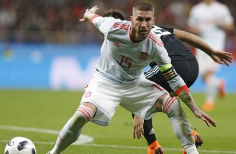 Spain's Sergio Ramos plays the ball during the international friendly soccer match between Spain and Argentina at the Wanda Metropolitano stadium in Madrid, Spain, Tuesday, March 27, 2018. (AP Photo/Francisco Seco)