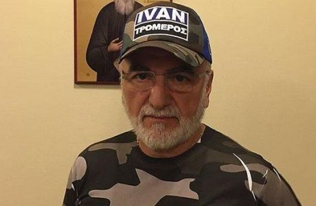 Η μπουτίκ του ΠΑΟΚ πουλάει καπέλα του Σαββίδη!