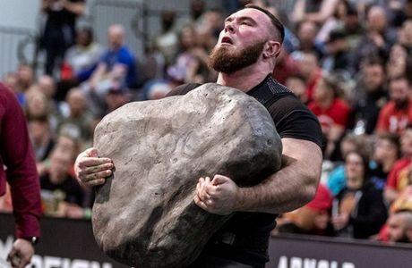 Ο Ολέκσι Νόβικοφ έχει κινήσει και βράχους
