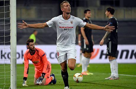 Ο Λουκ ντε Γιονγκ της Σεβίλλης πανηγυρίζει γκολ που σημείωσε κόντρα στη Μάντσεστερ Γιουνάιτεντ για τα ημιτελικά του Europa League 2019-2020 στο 'Ράινενεργκι Στάντιον', Κολονία | Κυριακή 16 Αυγούστου 2020