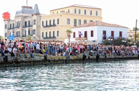 """""""Αγκαλιάστηκε"""" ο 3ος Spetses Mini Marathon"""