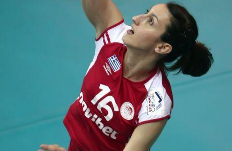 Ανανέωσε και επίσημα η Τέζα στον Ολυμπιακό
