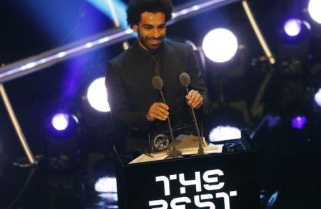 Τα fanboys του Σαλάχ έκαναν άνω κάτω τα βραβεία 'The Best'