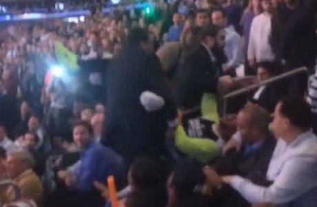 Έβγαλαν... σηκωτό από το γήπεδο άνθρωπο με αναπηρία (VIDEO)