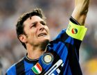 MADRID, SPAIN - MAY 22:  Javier Zanetti of Inter Milan celebrates after defeating FC Bayern Muenchen at the UEFA Champions League Final match at the Bernabeu on May 22, 2010 in Madrid, Spain.  (Photo by Giuseppe Bellini/Getty Images)