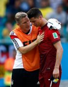 Portugal's Cristiano Ronaldo (R) is comforted by Germany's Bastian Schweinsteiger after their 2014 World Cup Group G soccer match at the Fonte Nova arena in Salvador June 16, 2014. REUTERS/Marcos Brindicci (BRAZIL  - Tags: SOCCER SPORT WORLD CUP)    Picture Supplied by Action Images
