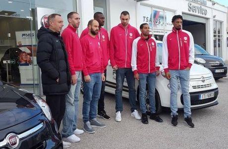 Τα νέα αυτοκίνητα των παικτών του Ολυμπιακού