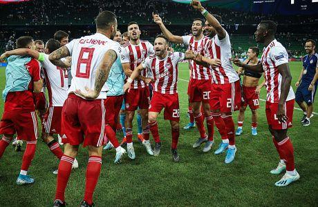 Οι παίκτες του Ολυμπιακού πανηγυρίζουν μετά από τη νίκη επί της Κρασνοντάρ με 2-1 στη Ρωσία για τα playoffs του Champions League 2019-2020 και την είσοδό τους στη φάση των ομίλων, 'Κρασνοντάρ Στέιντιουμ', Τετάρτη 28 Αυγούστου 2019