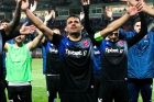 Ο Παναγιώτης Κόρμπος και οι συμπαίκτες του στον Πανιώνιο πανηγυρίζουν νίκη επί της ΑΕΛ στη Super League, Τετάρτη 27 Φεβρουαρίου 2019