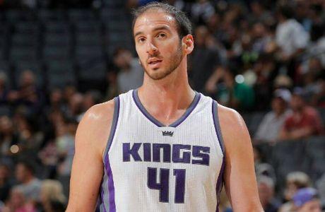 Νίκη με καλό Κουφό οι Kings, κέρδισαν και τους Spurs οι Bucks