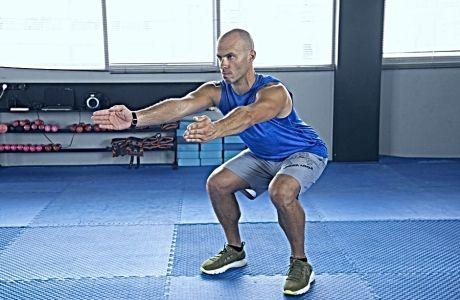 Το πιο συχνό λάθος που κάνεις στα squats
