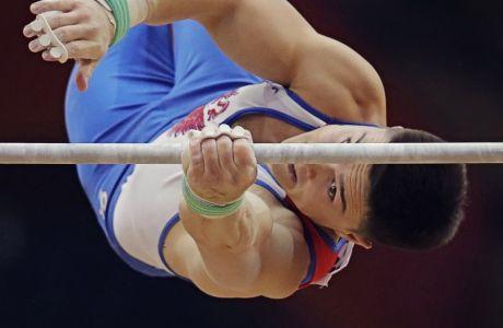 Ο Ρώσος γυμναστής Νικίτα Ναγκόρνι αναδείχθηκε Παγκόσμιος Πρωταθλητής στο Σύνθετο Ατομικό, διότι έπεσε άλλος ένας Κινέζος