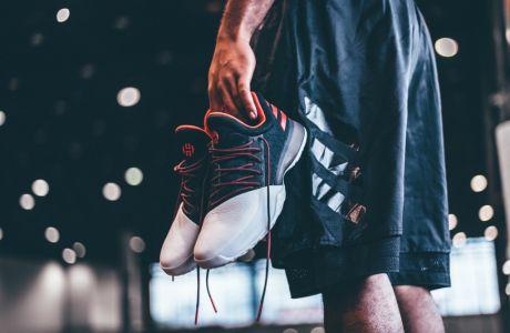 Ο James Harden και η adidas ανατρέπουν τους κανόνες του παιχνιδιού με το νέο HARDEN VOL. 1