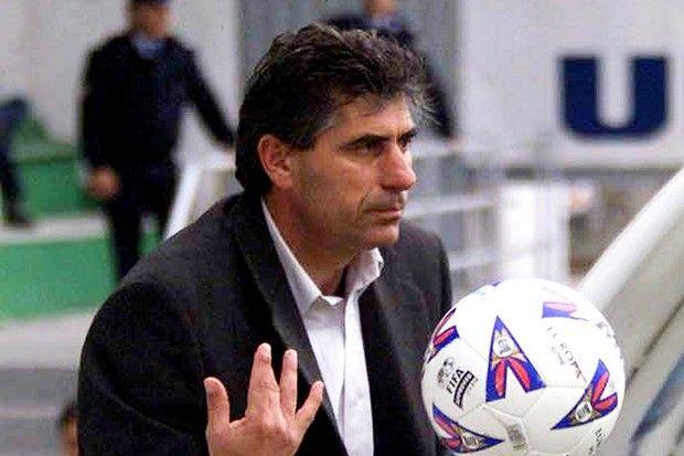Ο Άγγελος Αναστασιάδης έχει χρησιμοποιήσει 4 γκολκίπερ στον ίδιο αγώνα