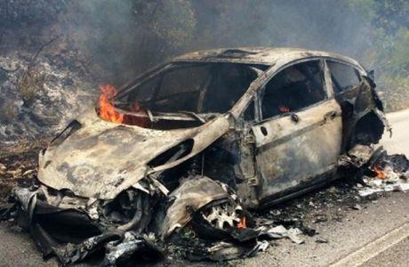 Κάηκε το αυτοκίνητο του Χίρβονεν (PHOTOS)