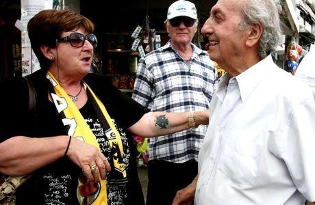 Η γιαγιά, το τατουάζ και ο ... Μπάγεβιτς!