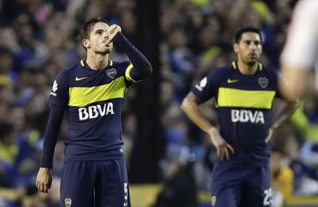 Boca Juniors' midfielder Fernando Gago celebrates scoring against River Plate during an Argentina soccer league match in Buenos Aires, Argentina, Sunday, May 14, 2017. (AP Photo/Victor R. Caivano)