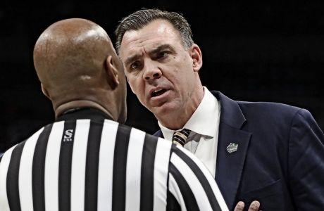 Ο Ράσελ Τέρνερ, τον Μάρτιο του 2019 το παιχνίδι του UC Irvine με το Kansas State, στο NCAA Tournament.