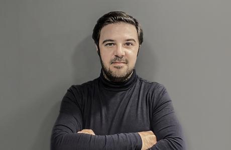 Ο Θοδωρής Κανελλόπουλος Editor-in-chief του Οneman.gr της 24MEDIA