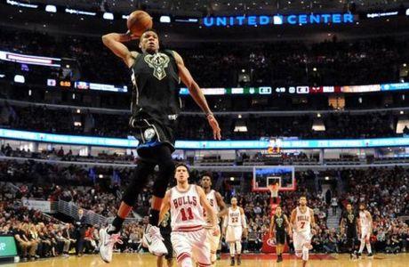 Στους κορυφαίους dunkers ο Giannis!