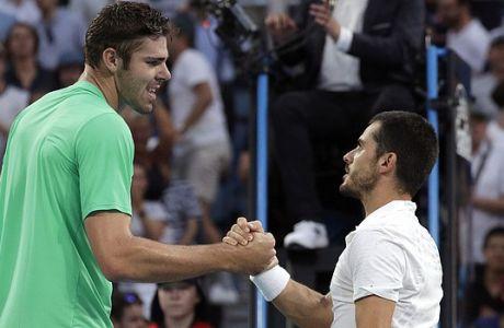 Ο 'γίγαντας' του τένις κατέκτησε τίτλο με 43 άσους!