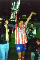 Ο Τσόλο Σιμεόνε με το Copa del Rey του 1996.