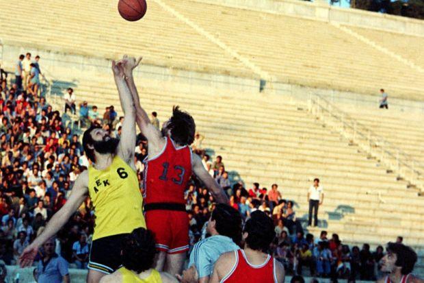 Τελικός Κυπέλλου Μπάσκετ: ΑΕΚ-Ολυμπιακός μετά από 13.340 ημέρες!