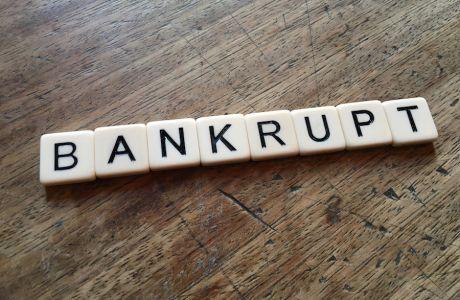 Δεν είναι μόνο η Thomas Cook: Τα δέκα επιχειρηματικά «κανόνια» που συντάραξαν τις αγορές